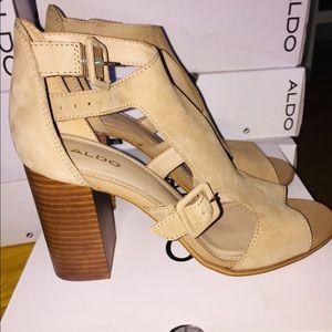 Aldo - Nude Heels - Brand New!! - Meygan